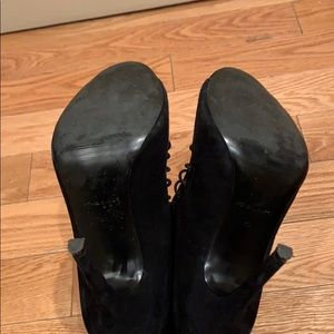 Kendall & Kylie Shoes - Kendall and Kylie heeled booties